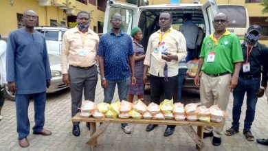 Photo of COVID-19: GROUP DISTRIBUTES FOOD TO VULNERABLE IN LAGOS