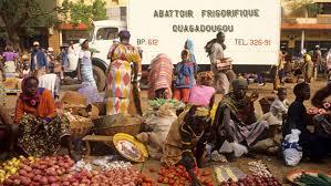 Photo of Main market in Burkina capital reopens as govt suspends lockdown