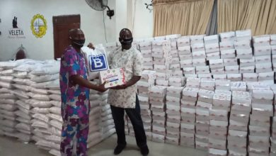 Photo of Hon. Owolabi dole out more palliatives in Apapa as 2nd phase begins