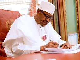 Photo of Buhari Signs Executive Order Granting Autonomy to State Legislatures