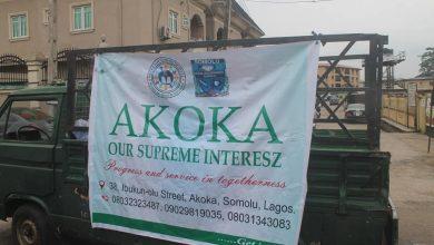 Photo of COVID-19: Akoka volunteers sensitize residents, shares food, face mask