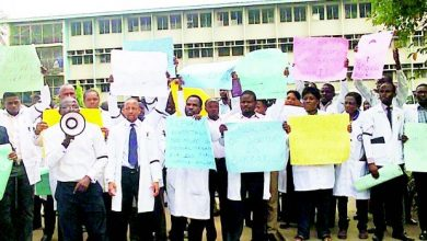Photo of Nigeria Doctors to go on strike again as FG yet to pay COVID19 allowance, others