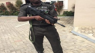 Photo of Police nabs officer for shooting lover
