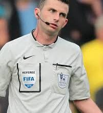 Photo of Pickford should have been punished for Van Dijk's injury- Premier League referee Oliver admits!