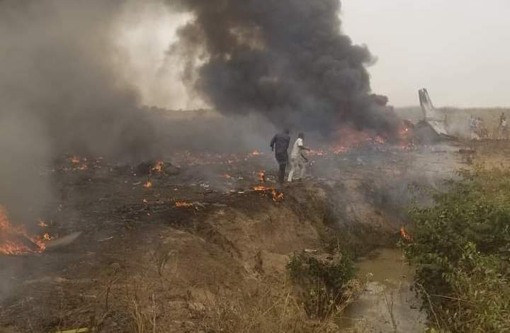 Photo of Nigeria loses seven Air Force personnel to plane cash