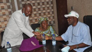 Photo of Oriade's Council Manager, Adeyemi Adebola resumes at Ojokoro LCDA for further public service