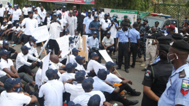 Photo of Nigeria Parliamentary staff goes on strike