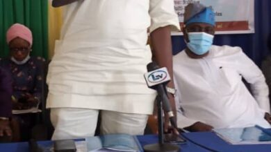 Photo of OJOKORO COUNCIL BOSS, HID TIJANI APPLAUDS SANWO-OLU ON THE APPOINTMENT OF LOCAL GOVERNMENT SERVICE COMMISSION MEMBERS