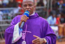 Photo of Celebration in Enugu as Father Mbaka returns