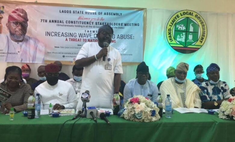 Photo of 7th Annual Constituency Meeting, Hon Adewale Temitope Empowers 200 Widows and Petty Traders