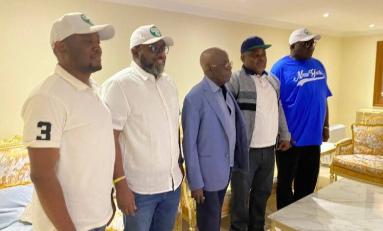 Photo of Lagos legislators visits Asiwaju in London: says he is doing fine